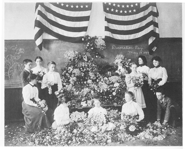 Daisies Gathered for Decoration Day, May 1899. Credit: Library of Congress.